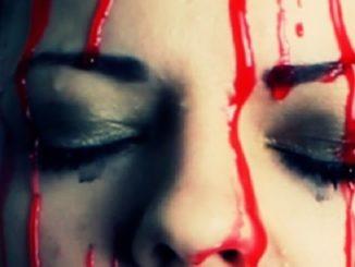 Ragazza suda sangue da mani e occhi, stigmate o ematoidrosi?